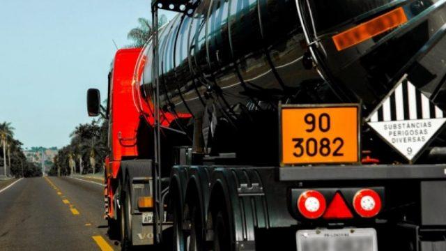 23 Dúvidas sobre leis de transporte de produtos e cargas perigosas