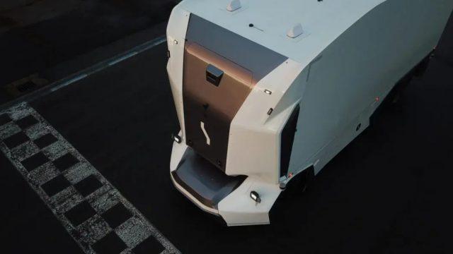 Conheça o primeiro caminhão autônomo sem cabine Einride T-Pod está à venda na Europa