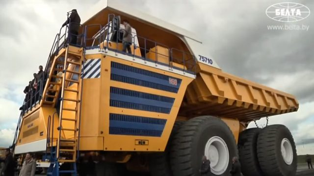 Quais são os maiores caminhões do mundo?